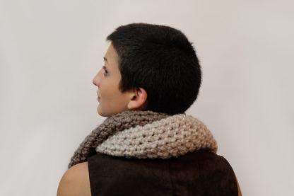 Écharpe fait-main en laine et en alpaga
